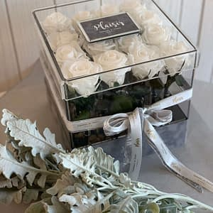 VIP Acrylic Square all white infinity roses