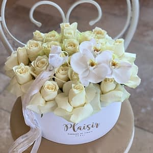 Stunning all white hatbox with orchids