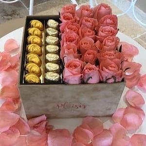 Tan Chocobox with Peach or Orange Roses